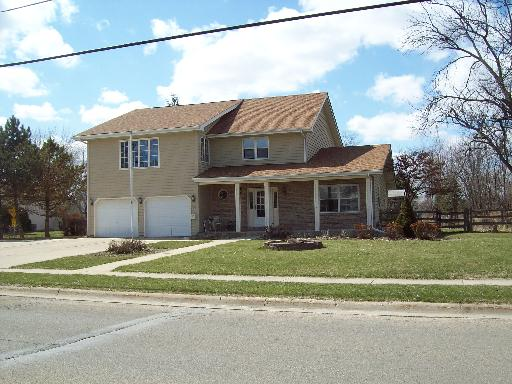 Property Photo for 700 S BEN Street, PLANO, IL 60545, MLS # 08328067
