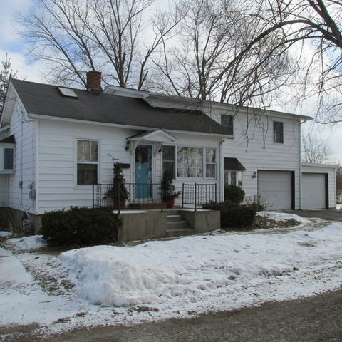 Property Photo for 915 S Hugh Street, PLANO, IL 60545, MLS # 08517551