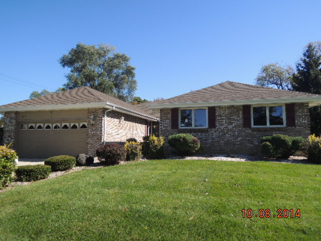 Property Photo for 171 St Francis Court, BLOOMINGDALE, IL 60108, MLS # 08548375
