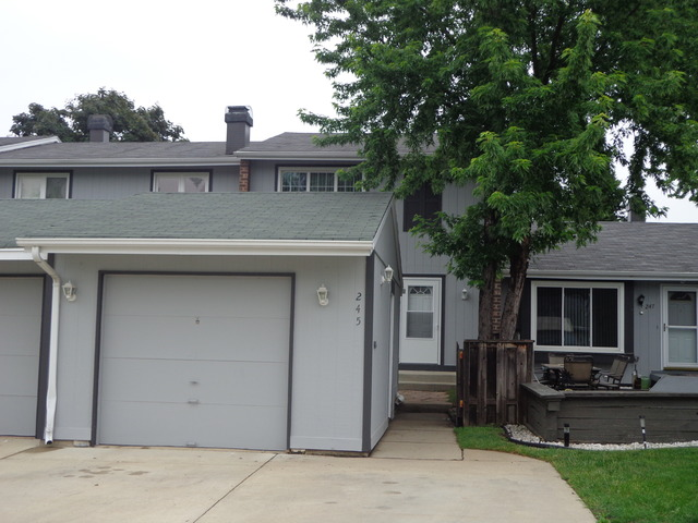 Property Photo for 245 APPLEWOOD Lane, BLOOMINGDALE, IL 60108, MLS # 08549958