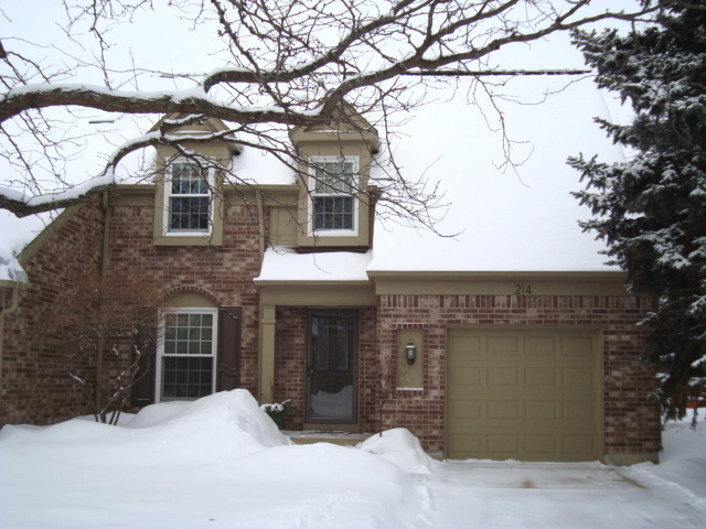 Property Photo for 214 Lorraine Circle, Bloomingdale, IL 60108, MLS # 08552184