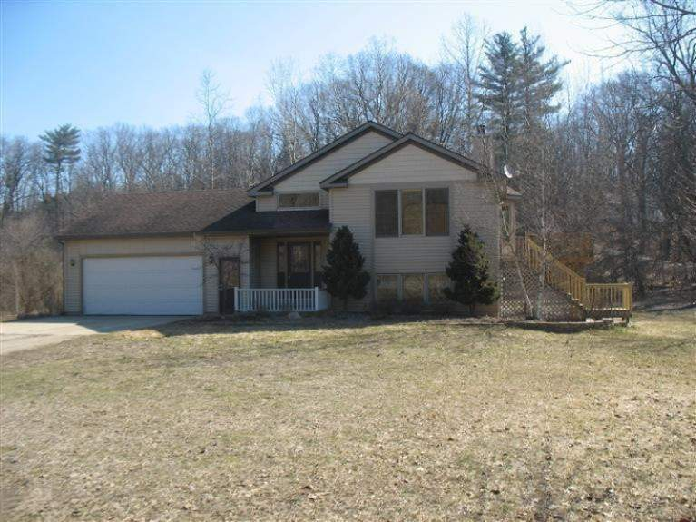 11000 cheyenne trail nw grand rapids michigan 49534 is for The family room kouts in