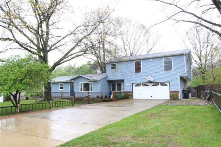 57281 hamilton drive mattawan michigan 49071 is off for The family room kouts in