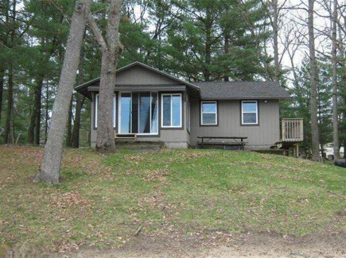 11198 s l lake drive baldwin michigan 49304 is off market for The family room kouts in