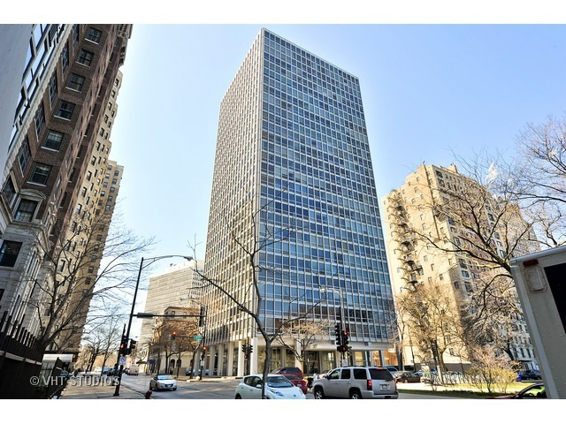 2400 N Lakeview Floor Plans: 2400 N Lakeview Avenue #2705 Chicago, IL 60614