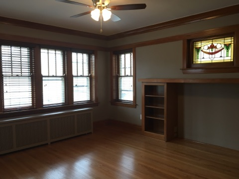 Looking Room For Rent Westmont And Downers Grove Illinois