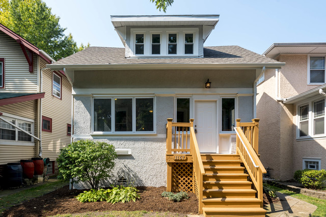 1167 S Oak Park Avenue Illinois 60304 New Listing 1166 Home