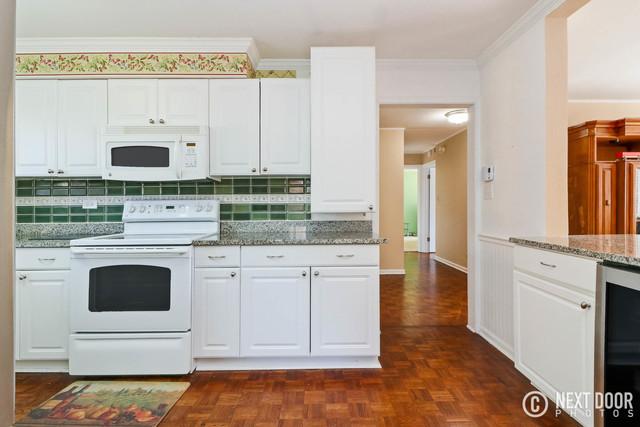 360 Claymoor Street #1A Hinsdale, IL 60521   @properties