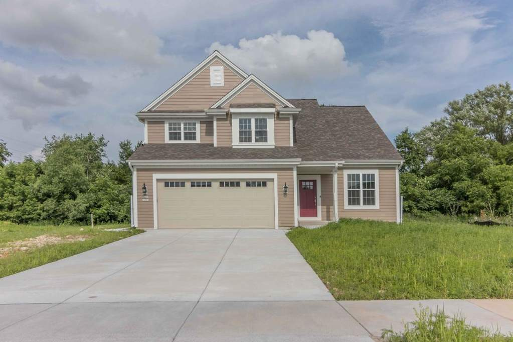 W235N6588 Outer Circle Dr Sussex, WI 53089 | MLS# 1647634 | @properties